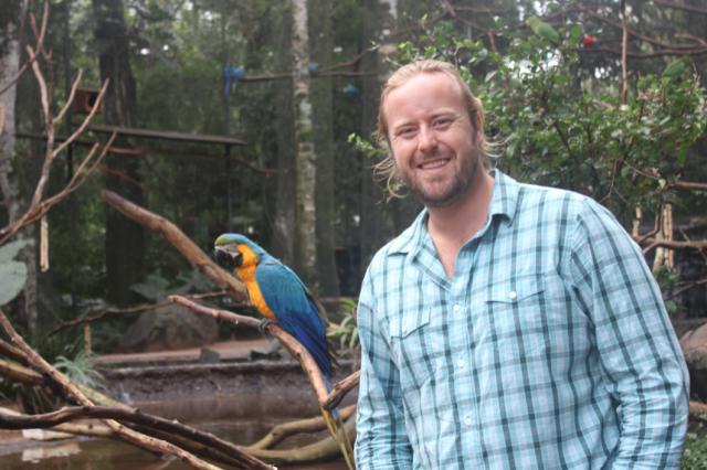 Macaw Aviary, Parque das Aves, Brazil
