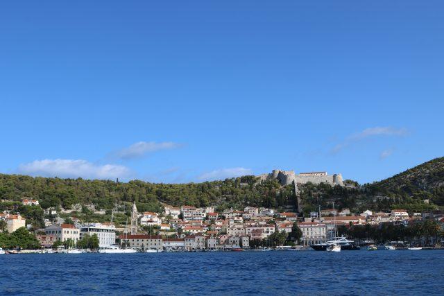 Island Hopping from Hvar