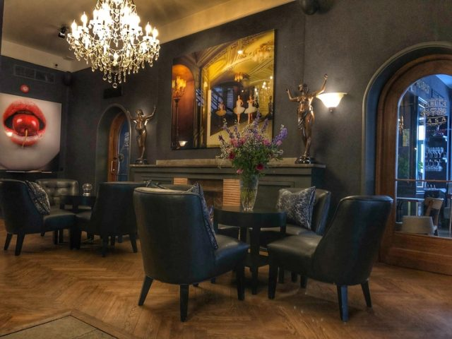 Hotel St. Petersbourg, Talllinn