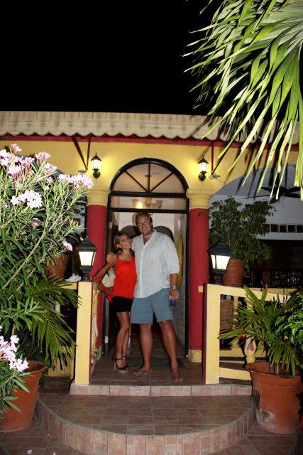 Dining in Anguilla: E's Oven