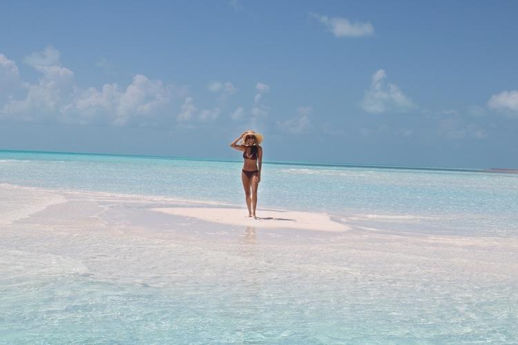Sandy Cay by Boat, Exumas
