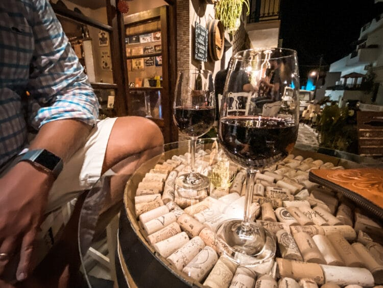Oinohoros, 7 Wine Bars in the Cyclades