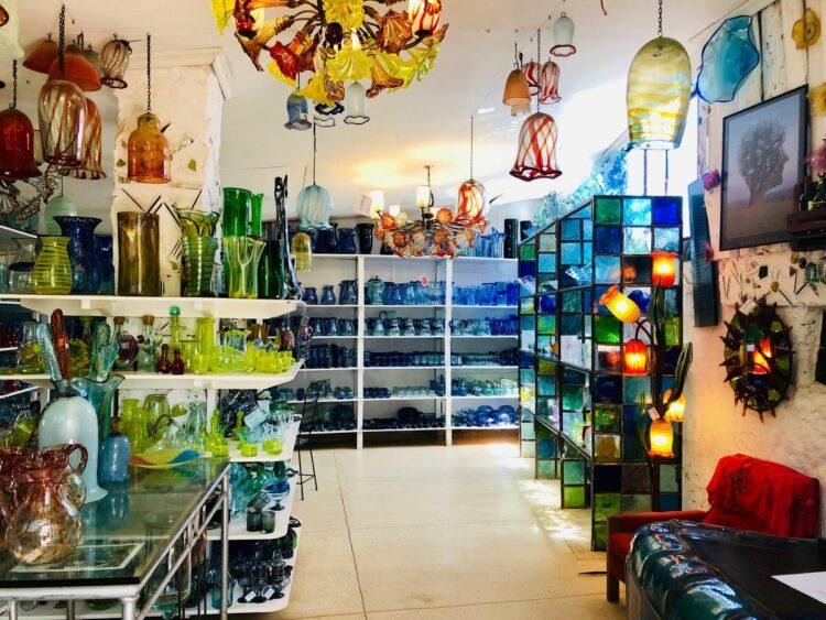 Kitengela Glass, Two Days in Nairobi